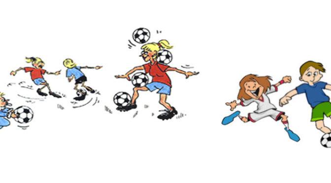 FOTBALL-LEK I GYMSAL